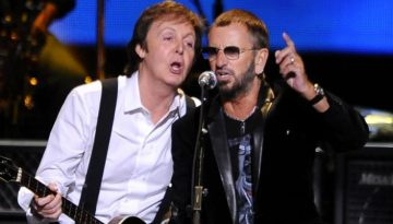 Former Beatles Paul McCartney and Ringo Starr perform at the Change Begins Within Concert, Saturday April 4, 2009 in New York. (AP Photo/Stephen Chernin)