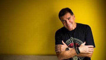 TQ SÃO PAULO 24.01.2016 CADERNO 2 Retrato do cantor Jerry Adriani que no próximo dia 29 completa 70 anos. Ele lança autobiografia. FOTO TIAGO QUEIROZ/ESTADÃO
