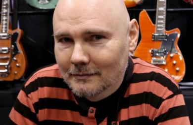 Billy Corgan apresentou duas músicas na TV americana