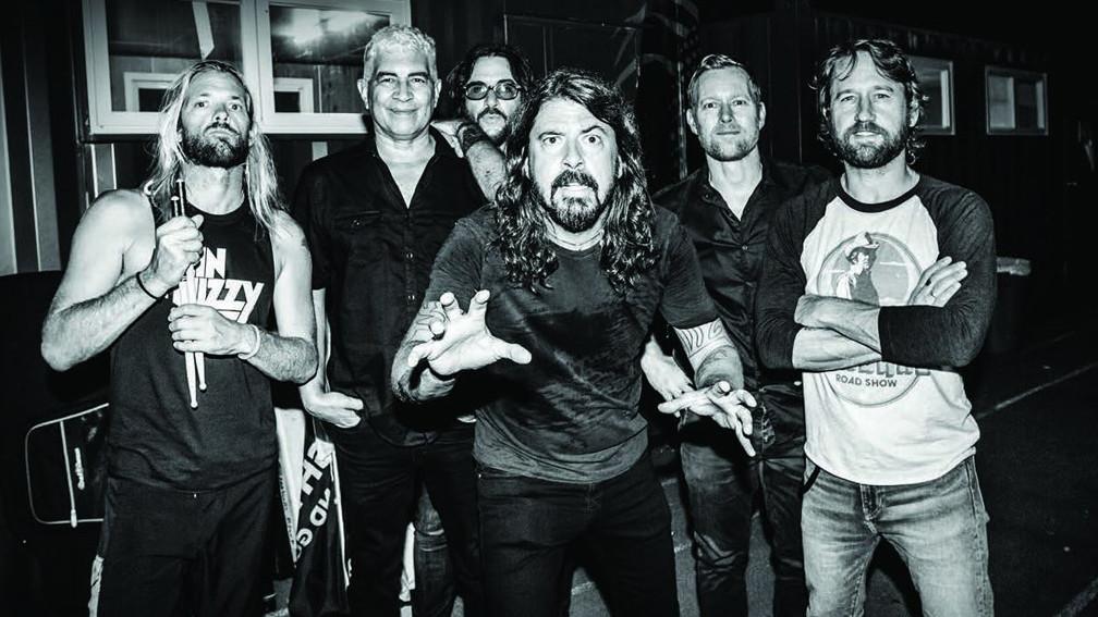 foo fighters vence brit awards de melhor banda internacional