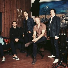 queens of the stone age new single 2017