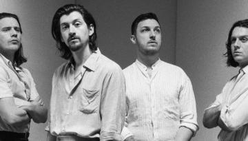 Depois de lançar Tranquility Base Hotel & Casino, Arctic Monkeys liberou clipe de Four Out of Five. Banda ainda apresentou música ao vivo em programa de TV.