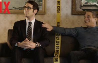 A Netflix divulgou o trailer de sua nova série policial, Caso de Polícia. Série mostrará policial aposentado que volta à ativa quando filho vira detetive.