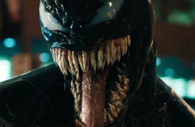 O filme solo de Venom, vilão do universo do Homem-Aranha, ganhou um novo trailer. O vídeo mostra imagens inéditas do personagem.