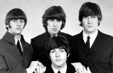 A publicação americana Billboard divulgou uma edição comemorativa de 60 anos da Hot 100 com os artistas mais todacos desde sua criação, em 1958.