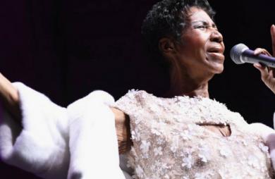 A cantora morreu devido a um câncer no pâncreas em estágio avançado. Aretha Franklin batalhava contra a doença desde 2010.