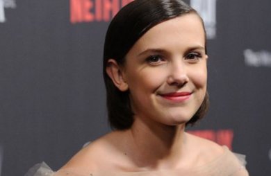 atriz de stranger things fará parte do universo marvel em os eternos
