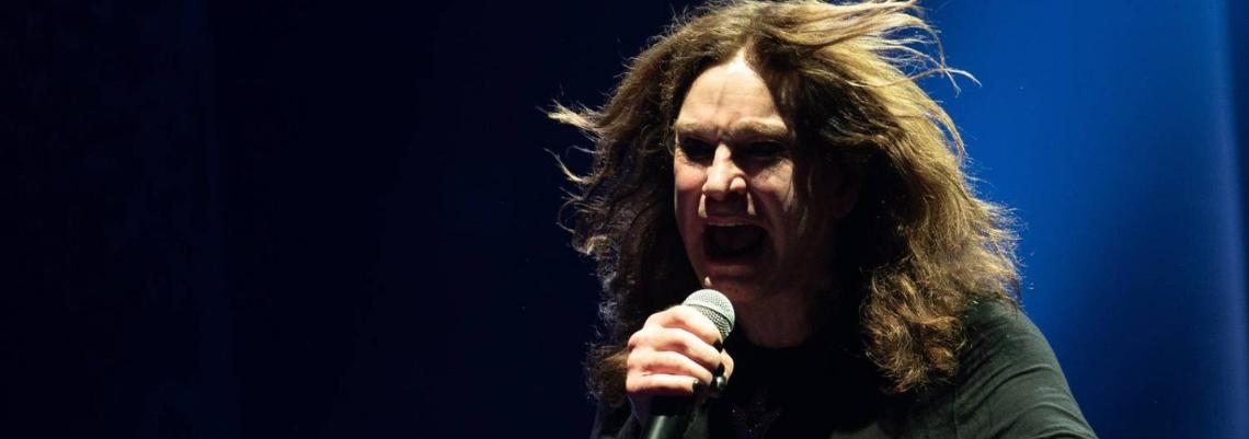 "Ozzy Osbourne conta como saúde ""desmoronou"" depois dos 70 anos"