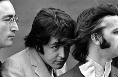 Beatles anuncia coletânea que reúne todos os singles da carreira